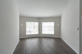 Photo 4: 408 14605 MCDOUGALL Drive in Surrey: Elgin Chantrell Condo for sale (South Surrey White Rock)  : MLS®# R2564482