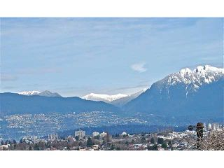 Photo 4: 4742 ELM Street in Vancouver: MacKenzie Heights House for sale (Vancouver West)  : MLS®# V878692