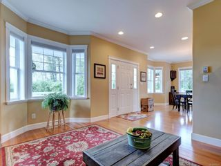 Photo 10: 7146 Wallace Dr in : CS Brentwood Bay House for sale (Central Saanich)  : MLS®# 878217