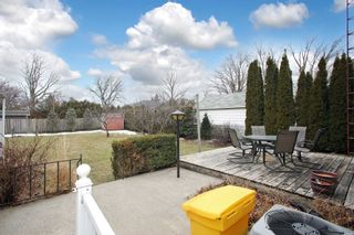 Photo 4: Upper 115 W Beatrice Street in Oshawa: Centennial House (1 1/2 Storey) for lease : MLS®# E5145346