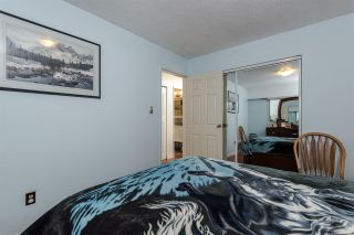 "Photo 9: 8229 18TH Avenue in Burnaby: East Burnaby House for sale in ""EAST BURNABY"" (Burnaby East)  : MLS®# R2045815"