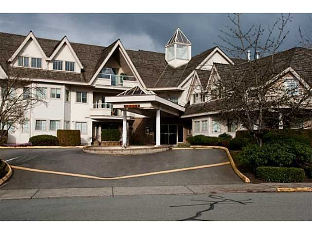 "Main Photo: 205 19241 FORD Road in Pitt Meadows: Central Meadows Condo for sale in ""VILLAGE GREEN"" : MLS®# V1001115"
