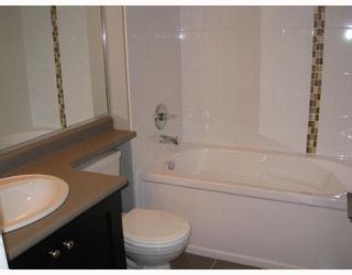 "Photo 4: 302 3150 VINCENT Street in Port_Coquitlam: Glenwood PQ Condo for sale in ""BREYERTON"" (Port Coquitlam)  : MLS®# V745332"