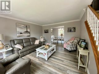Photo 9: 18-22 Bight Road in Comfort Cove-Newstead: House for sale : MLS®# 1233676