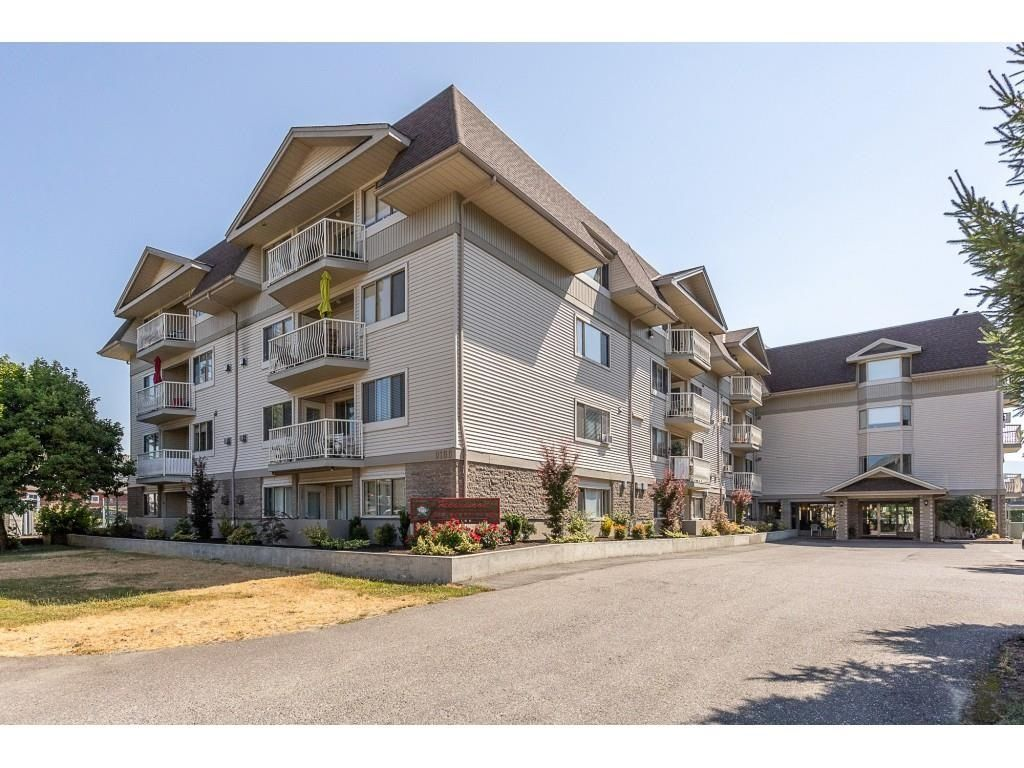 Main Photo: 105 9186 EDWARD Street in Chilliwack: Chilliwack W Young-Well Condo for sale : MLS®# R2607053