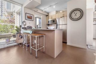 """Photo 2: 255 35 KEEFER Place in Vancouver: Downtown VW Townhouse for sale in """"The Taylor"""" (Vancouver West)  : MLS®# R2572917"""