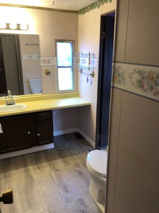 """Photo 11: 36 2270 196 Street in Langley: Brookswood Langley Manufactured Home for sale in """"Pine Ridge Park"""" : MLS®# R2373057"""