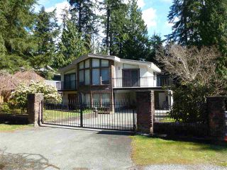 Photo 1: 4772 HOSKINS ROAD in North Vancouver: Lynn Valley House for sale : MLS®# R2563804