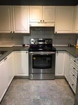 Photo 3: 214 13733 74 in Surrey: Condo for sale : MLS®# R2227400