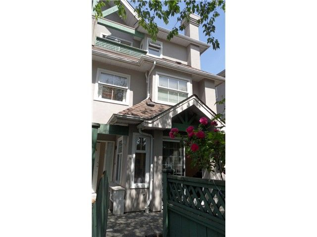 """Main Photo: 38 7175 17TH Avenue in Burnaby: Edmonds BE Townhouse for sale in """"VILLAGE DEL MAR"""" (Burnaby East)  : MLS®# V1127664"""