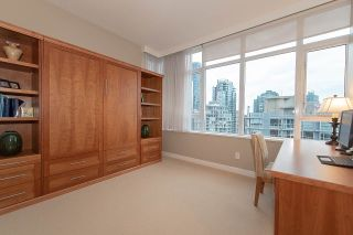 Photo 16: 2904 1281 W CORDOVA STREET in Vancouver: Coal Harbour Condo for sale (Vancouver West)  : MLS®# R2304552