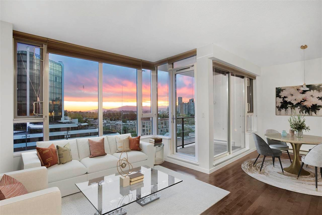 Main Photo: 807 522 W 8TH AVENUE in Vancouver: Fairview VW Condo for sale (Vancouver West)  : MLS®# R2595906