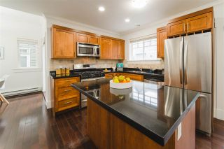 Photo 5: 780 ST. GEORGES AVENUE in North Vancouver: Central Lonsdale Townhouse for sale : MLS®# R2452292
