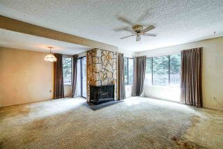 """Photo 5: 4768 CEDARGLEN Place in Burnaby: Greentree Village Townhouse for sale in """"GREENTREE VILLAGE"""" (Burnaby South)  : MLS®# R2388988"""