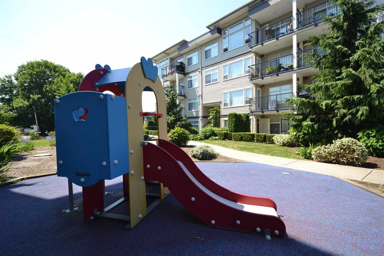 """Photo 14: Photos: 303 9422 VICTOR Street in Chilliwack: Chilliwack N Yale-Well Condo for sale in """"NEWMARK"""" : MLS®# R2279466"""