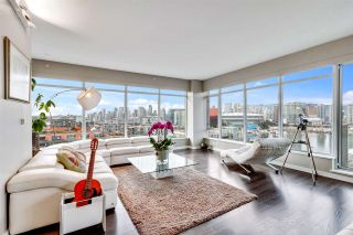 "Photo 2: 1401 1661 ONTARIO Street in Vancouver: False Creek Condo for sale in ""Millennium Water"" (Vancouver West)  : MLS®# R2521704"