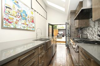 Photo 4: 234 Ontario Street in Toronto: Cabbagetown-South St. James Town House (Bungalow) for sale (Toronto C08)  : MLS®# C5371009