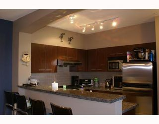 Photo 3: 6413 5117 Garden City Road in Lions Park: Home for sale : MLS®# V773395