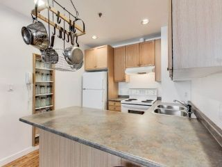 Photo 18: 90 Sherbourne St Unit #301 in Toronto: Moss Park Condo for sale (Toronto C08)  : MLS®# C3647077