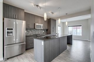 Photo 5: 332 MARQUIS LANE SE in Calgary: Mahogany Row/Townhouse for sale : MLS®# C4281537