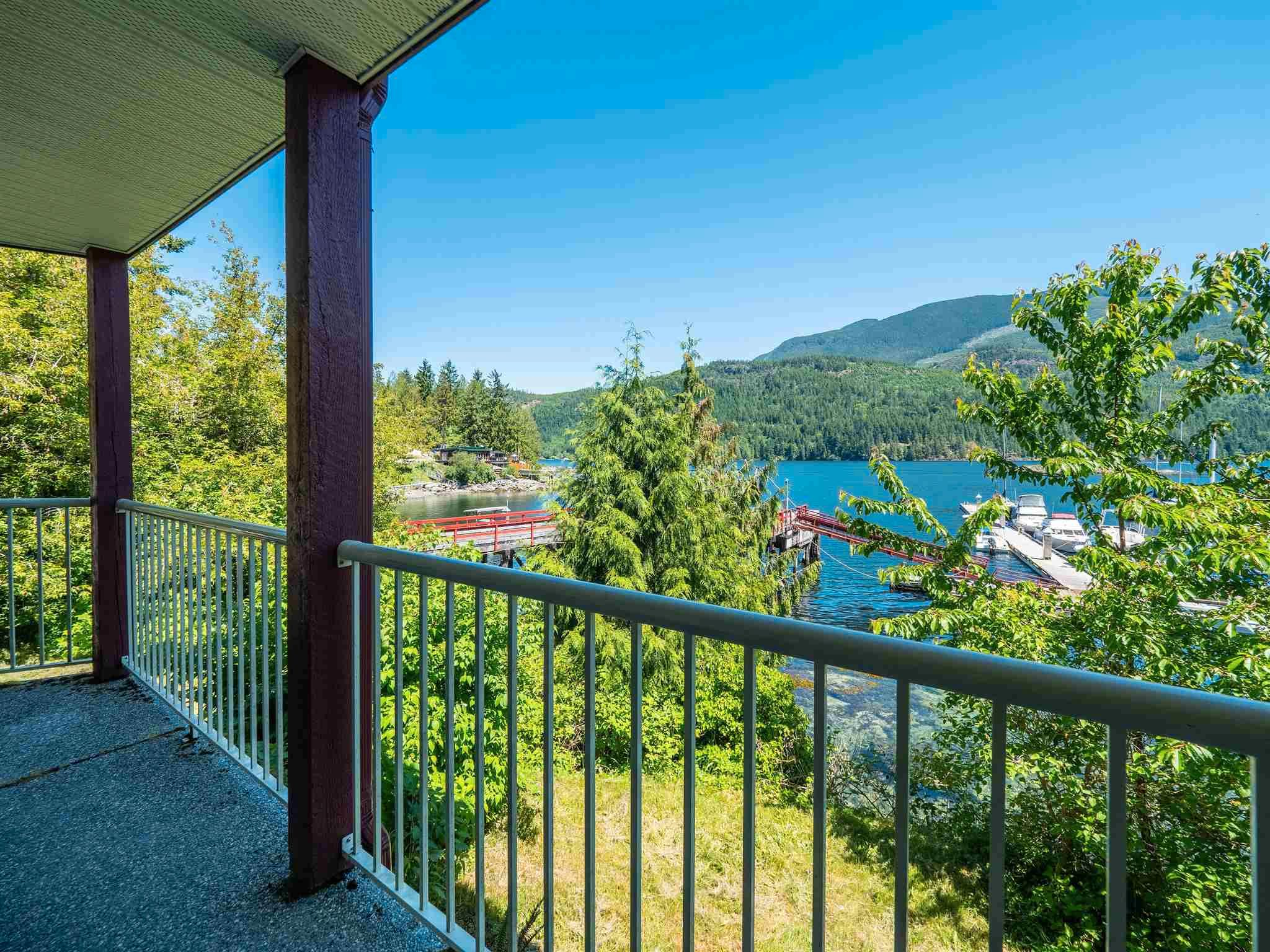 Photo 15: Photos: 6781 BATHGATE Road in Egmont: Pender Harbour Egmont House for sale (Sunshine Coast)  : MLS®# R2593981