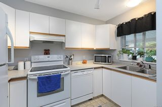 Photo 6: 9 2625 Muir Rd in : CV Courtenay East Row/Townhouse for sale (Comox Valley)  : MLS®# 878544