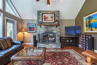 Photo 2: 2257 June Rd in : CV Courtenay North House for sale (Comox Valley)  : MLS®# 865482