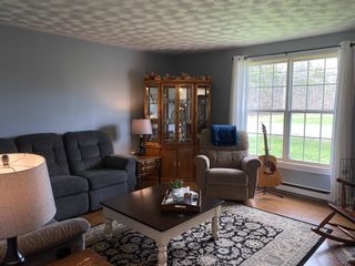 Photo 11: 2371/2373 English Mountain Road in Coldbrook: 404-Kings County Residential for sale (Annapolis Valley)  : MLS®# 202110660