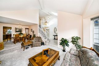 Photo 5: 13533 60A Avenue in Surrey: Panorama Ridge House for sale : MLS®# R2513054