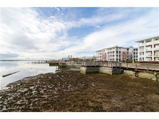 """Photo 19: 313 4500 WESTWATER Drive in Richmond: Steveston South Condo for sale in """"COPPER SKY WEST/STEVESTON SOUTH"""" : MLS®# V1065529"""