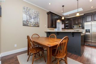 Photo 7: 2083 Longspur Dr in VICTORIA: La Bear Mountain House for sale (Langford)  : MLS®# 819774