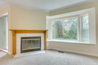 Photo 3: 3389 FLAGSTAFF PLACE in Vancouver: Champlain Heights Townhouse for sale (Vancouver East)  : MLS®# R2407655