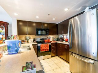 Photo 6: 907 295 GUILDFORD Way in Port Moody: North Shore Pt Moody Condo for sale : MLS®# R2571623