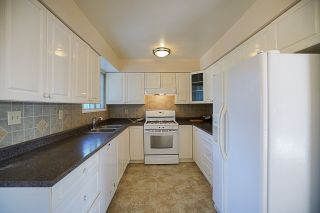 Photo 7: 6049 49B Avenue in Delta: Holly House for sale (Ladner)  : MLS®# R2221972