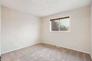 Photo 18: 2431 Riverstone Road SE in Calgary: Riverbend Detached for sale : MLS®# A1152720