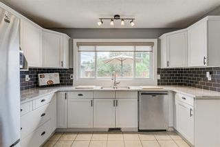 Photo 13: 10219 MAPLE BROOK Place SE in Calgary: Maple Ridge Detached for sale : MLS®# C4304932