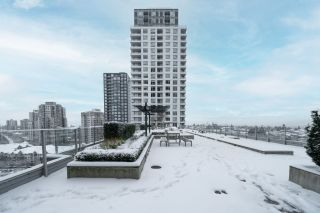 """Photo 23: 2507 5665 BOUNDARY Road in Vancouver: Collingwood VE Condo for sale in """"WALL CENTRE CENTRAL PARK SOUTH"""" (Vancouver East)  : MLS®# R2539277"""