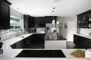 Photo 10: 3075 Devon Rd in Oak Bay: OB Uplands House for sale : MLS®# 840476