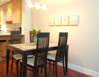 """Photo 4: 2951 LAUREL Street in Vancouver: Fairview VW Townhouse for sale in """"BROWNSTONE"""" (Vancouver West)  : MLS®# V702264"""
