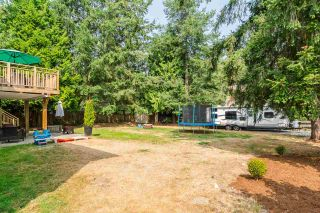 """Photo 19: 20235 36 Avenue in Langley: Brookswood Langley House for sale in """"Brookswood"""" : MLS®# R2301406"""