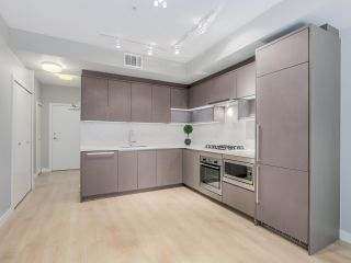 """Photo 2: 129 9333 TOMICKI Avenue in Richmond: West Cambie Condo for sale in """"OMEGA"""" : MLS®# R2075088"""