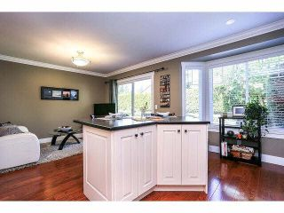 """Photo 11: 15053 27A Avenue in Surrey: Sunnyside Park Surrey Townhouse for sale in """"DAVENTRY"""" (South Surrey White Rock)  : MLS®# F1421884"""
