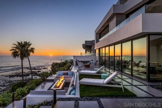 Photo 12: House for sale : 4 bedrooms : 311 Sea Ridge Dr in La Jolla