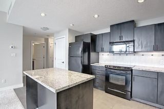 Photo 3: 901 77 Spruce Place SW in Calgary: Spruce Cliff Apartment for sale : MLS®# A1104367