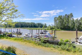 "Photo 18: 109 4733 W RIVER Road in Delta: Ladner Elementary Condo for sale in ""RIVER WEST"" (Ladner)  : MLS®# R2372665"