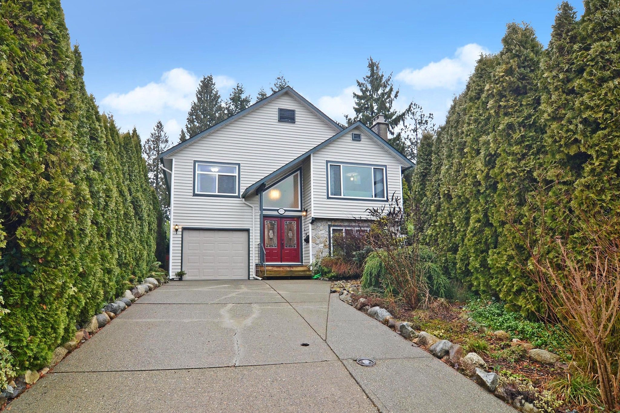 "Main Photo: 9839 149 Street in Surrey: Guildford House for sale in ""Guildford"" (North Surrey)  : MLS®# R2546847"