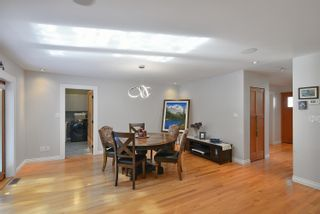 """Photo 12: 863 INGLIS Road in Gibsons: Gibsons & Area House for sale in """"Oceanmount"""" (Sunshine Coast)  : MLS®# R2618699"""