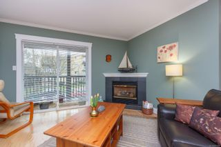 Photo 8: 2617 Prior St in : Vi Hillside Row/Townhouse for sale (Victoria)  : MLS®# 863994