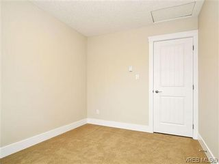 Photo 13: 103 982 Rattanwood Pl in VICTORIA: La Happy Valley Row/Townhouse for sale (Langford)  : MLS®# 635443