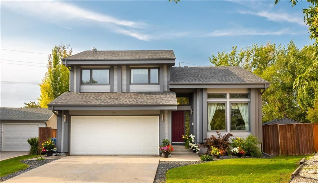 Main Photo: 98 Spruce Thicket Walk in Winnipeg: Riverbend Residential for sale (4E)  : MLS®# 202122593